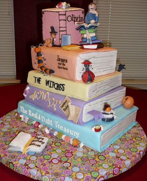 "Перейти на ""The Works of Roald Dahl"" Cake by Cake Doctor"