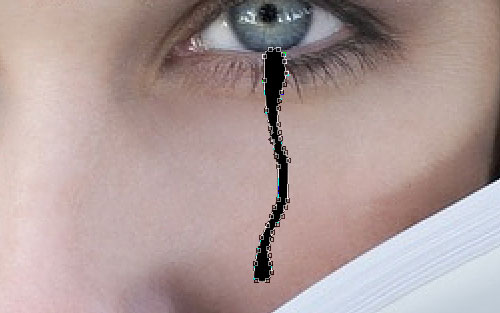 Создаем в фотошопе реалистичную слезу, бегущую по лицу