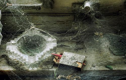 Упадок, разруха и запустение в гранжевых работах Sven Fennema
