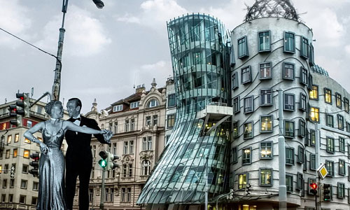 Перейти на Ginger And Fred Dancing House