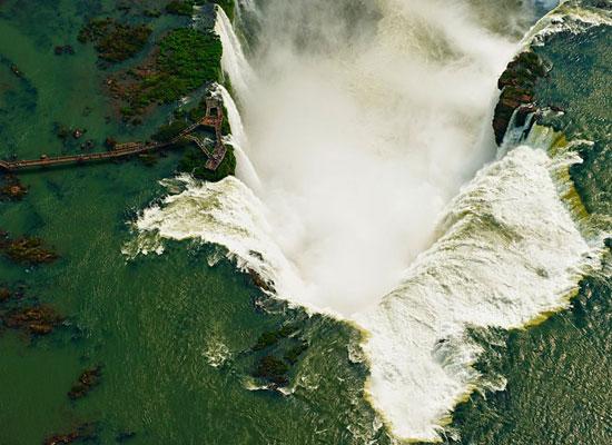 Перейти на Iguazu Falls