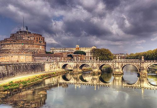 Перейти на Ponte Sant Angelo