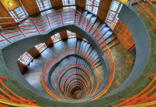 Перейти на Spiral Stairway Sprinkenhof