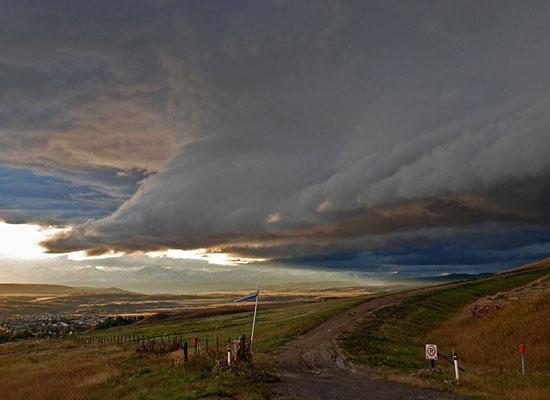 Перейти на Storm Cloud, Canada