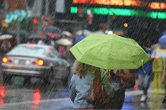 Делаем в фотошопе стильный эффект дождя для фотографии