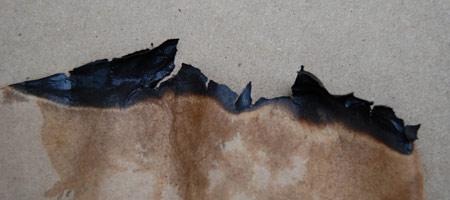Скачать Текстуру обгоревшей бумаги 7