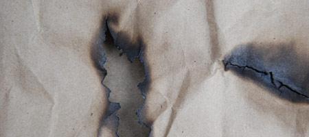 Скачать Текстуру обгоревшей бумаги 9