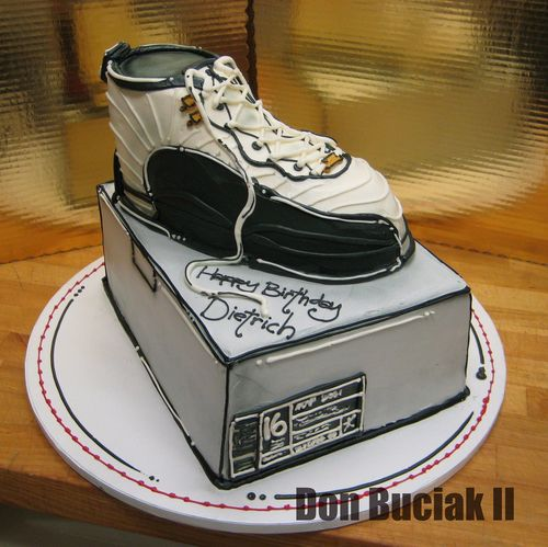 Перейти на Jordan Shoe cake by donbuciak