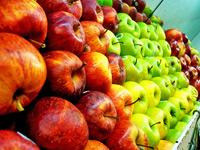 Скачать текстуры с изображениями фруктов на прилавках магазинов