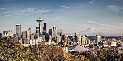 Скачать Seattle & Mount Rainier at Sunset