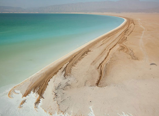 Перейти на Lake Assal Djibouti Steinmetz
