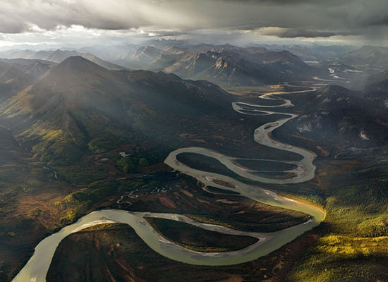 Перейти на Alatna River Alaska Brown