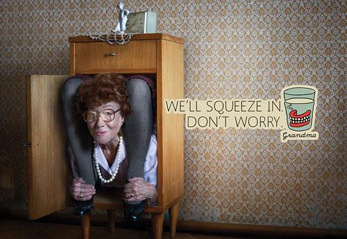 Перейти на Grandma: Contortionist