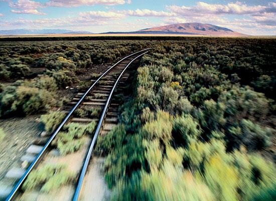 Перейти на Train Tracks, New Mexico-Colorado Border